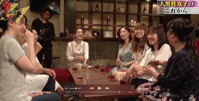 「大黒柱女子」たちの話は尽きない…… (画像は、AbemaTV「Wの悲喜劇 ~日本一過激なオンナのニュース~ 」から)