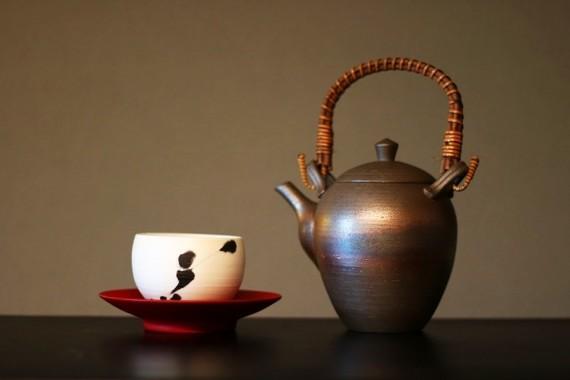 イマドキ、お茶くらい自分で淹れますよ。