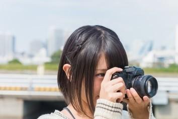 「インスタ女子」せっかく買った専用カメラが泣いているワケ?