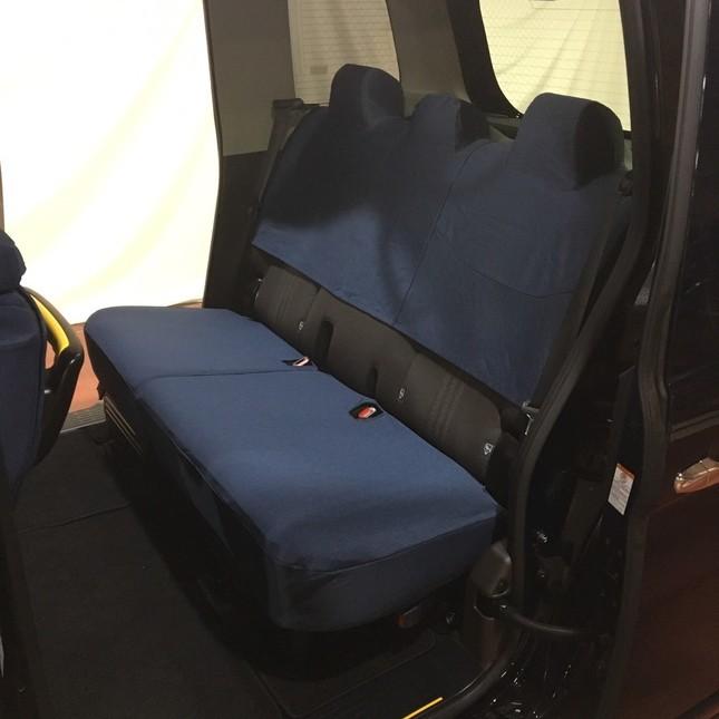 フクシンが開発した「深藍杢調生地」のシートカバー