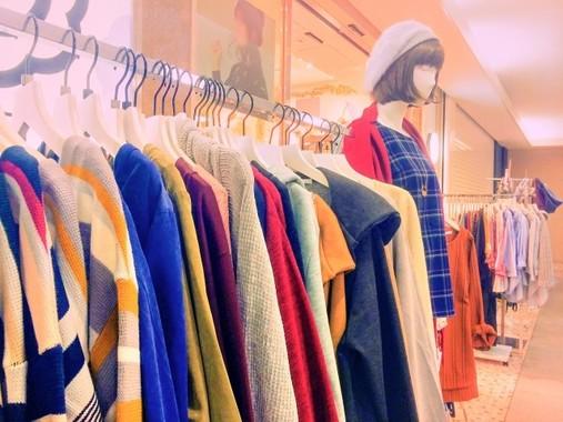 百貨店の婦人服売り場、パート社員は頑張っている!(写真はイメージ)
