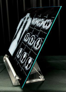 JOLEDが初出荷した「印刷方式」の有機ELパネル(写真は、同社のプレスリリースから)