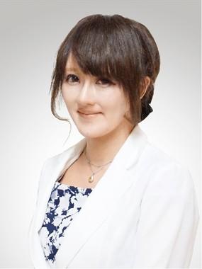 天野馨南子さんは、「若い女性は『幻想』で判断しないで」と語る