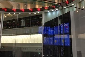 株価続落、一時600円超す 米金利上昇を嫌気