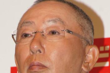 海外好調の「ユニクロ」国内売上高を上回る 柳井CEO後継者問題にも言及