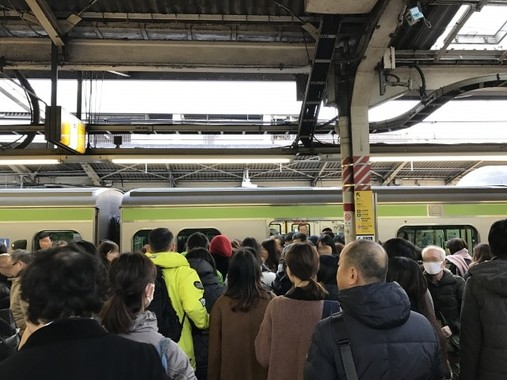JR東日本、山手線の通勤ラッシュ