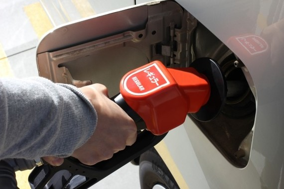 ガソリン価格の高騰、クルマを運転する人にとっては頭が痛い!