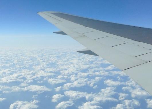 航空機のチケット、ネットで購入が85%!(写真はイメージ)