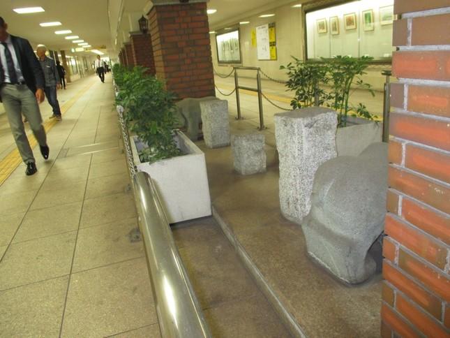 東京・銀座の地下歩道