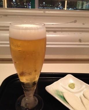 人気の地ビールで、カンパイ!