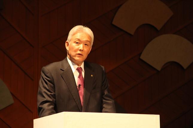 花王はイノベーション企業」と語る澤田道隆社長(2018年11月27日開催の「技術イノベーション説明会」で)