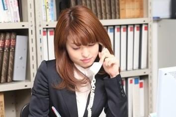 「電話に出ない新入社員」にブチ切れた先輩の投稿が話題 対処法を専門家に聞いた