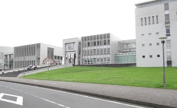 「未踏領域のデザイン戦略」が開講されている慶應義塾大学SFC