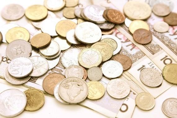 キャッシュレス化が進めばお金をめぐる事情が変わる…