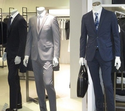ビジネスの舞台ではスーツについて「ルール」がある