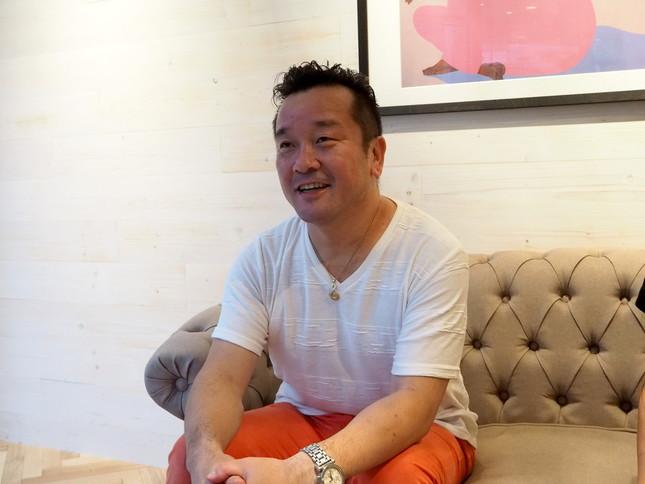 ハワイアンジュエリー「プアアリ」を運営するジェイボックスの代表、松尾琢磨さん
