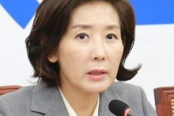 【日韓経済戦争】疑惑のタマネギ男「検察が捜査すると反乱が起こる?」「追及記者56人の実名がネットでさらされる」韓国紙で読み解く