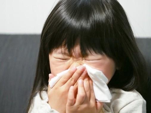子どもはすぐ熱を出しやすい(写真はイメージ)