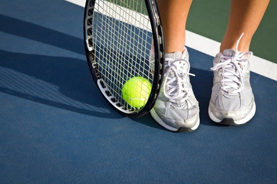 メルカリではテニス関連商品だけを売っている(写真はイメージ)