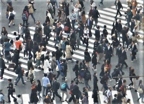 雇用の流動化が進み、世の中の渡り方も多様化に向かう…