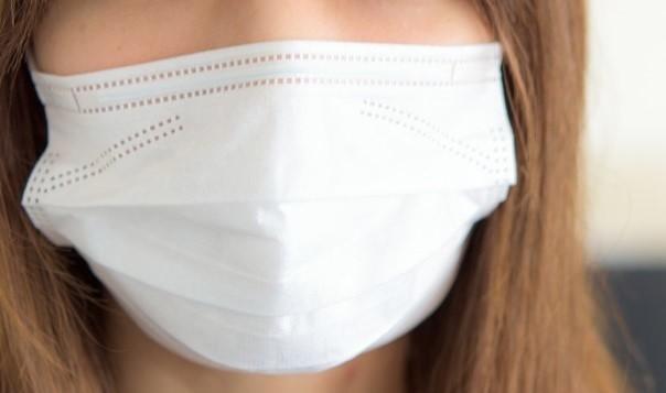 新型肺炎が猛威をふるう……