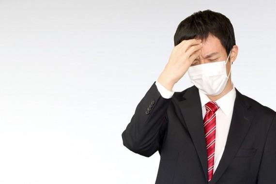 新型コロナウイルスかな……