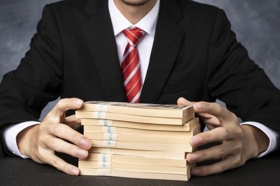 日本人投資家と海外投資家? 大金を手にするのは……