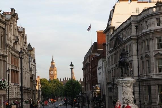 チャールズ皇太子も感染、コロナ禍に見舞われる英国(写真は、ロンドン)