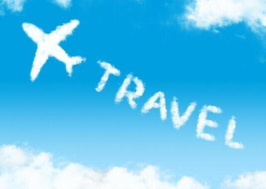 遠くに旅に行きたい(写真はイメージ)