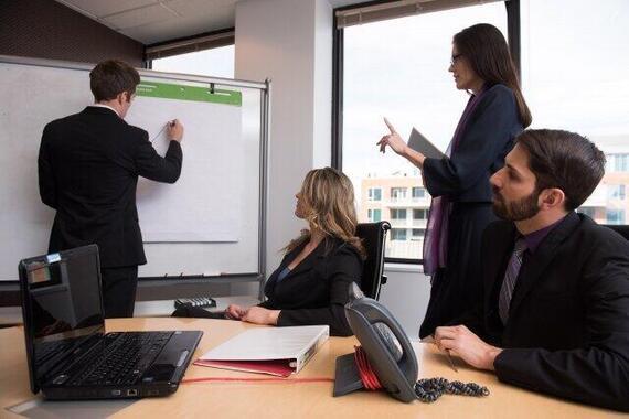 会議では人それぞれに「役回り」がある!?(写真はイメージ)