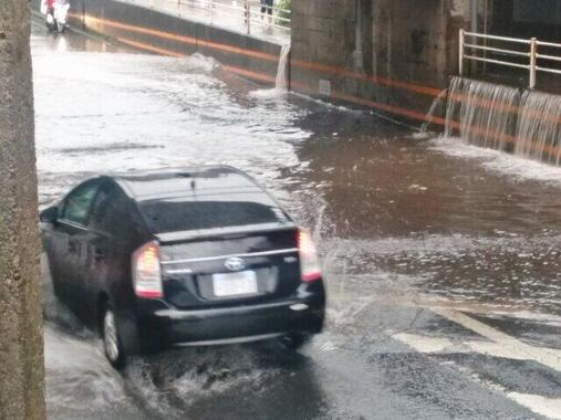 台風シーズン到来!自動車の水没に注意