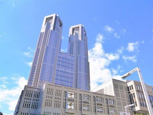 12月10日、新型コロナウイルスの新規感染者数が600人を超えた(写真は、東京都庁)