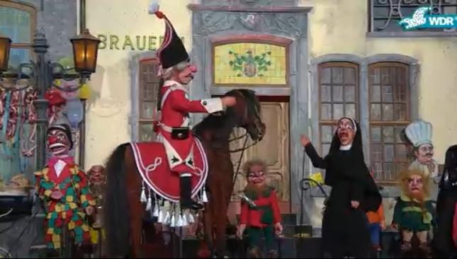 ケルンの劇場による人形劇によるカーニバルのパレードがオンラインで配信された(出典:WDR「Rosenmontag in Köln: Der ausgefallenste Zoch!」2021年2月15日)