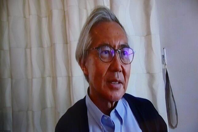 「校庭のセシウムは地表から2センチまで」と話す、東大病院の中川恵一先生