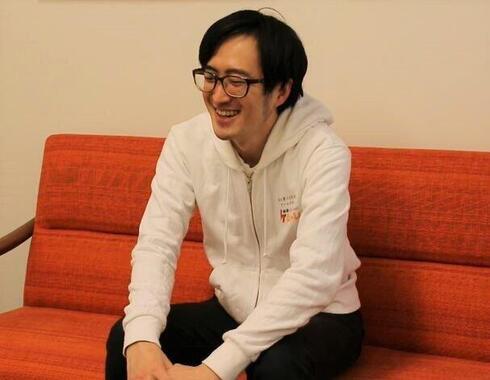 「ゲームに人生を救われた」と話す小幡さん
