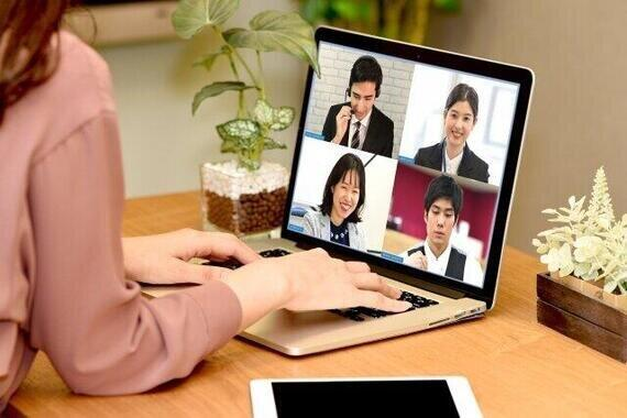テレワークの導入が進み新しいコミュニケーションツールの利用が増えた