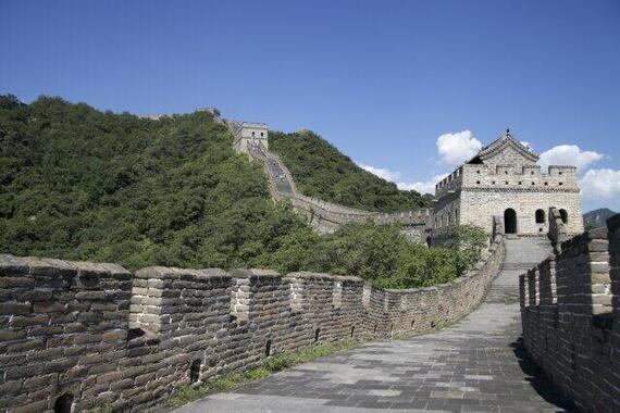 中国は内需主導経済にシフトする(写真は、中国・万里の長城)
