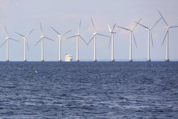 洋上風力発電に注目!(写真は、デンマーク)