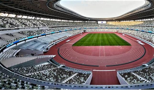 東京五輪・パラリンピックの開催でコロナ感染の拡大は必至?(写真は新国立競技場)
