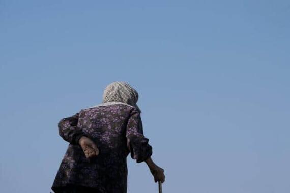 孤独死は「シルバー世代」だけの問題ではない(写真はイメージ)