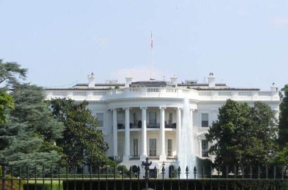 米国のコロナ禍対策は「失敗」だった?(写真は、ホワイトハウス)