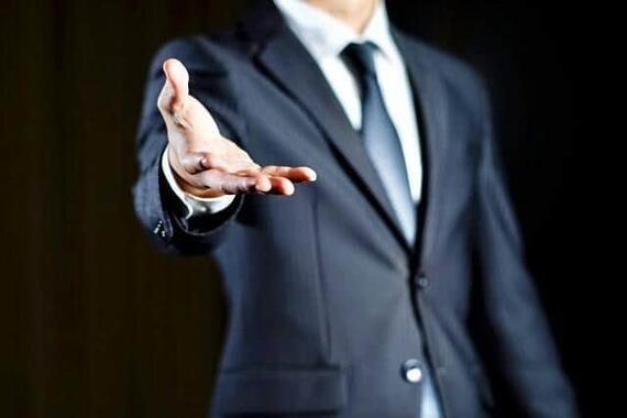 真に会社の未来を託せる人をトップに選べているだろうか(写真イメージ)