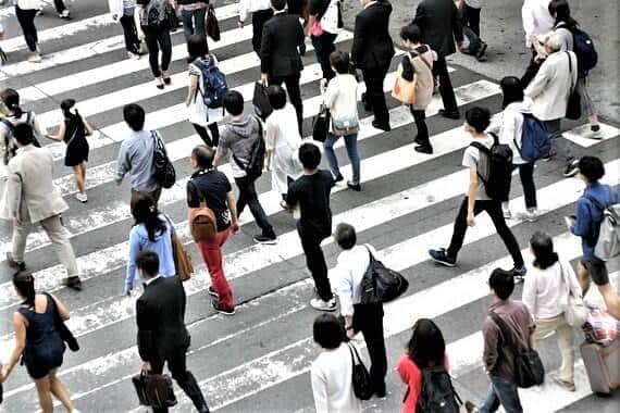 「45歳定年制」でないと日本経済のお先は真っ暗なのか……(写真はイメージ)