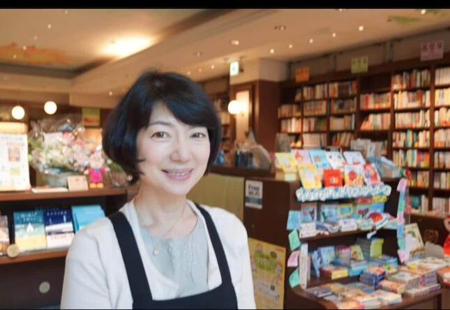 東京・神保町で唯一の子どもの本の専門店(写真は、代表の今本義子さん)