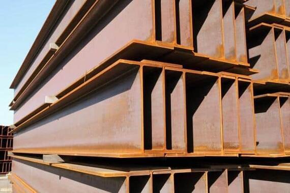 日本製鉄の橋本英二社長は「日本の鋼材価格は国際的に見て理不尽に安い」という(写真はイメージ)