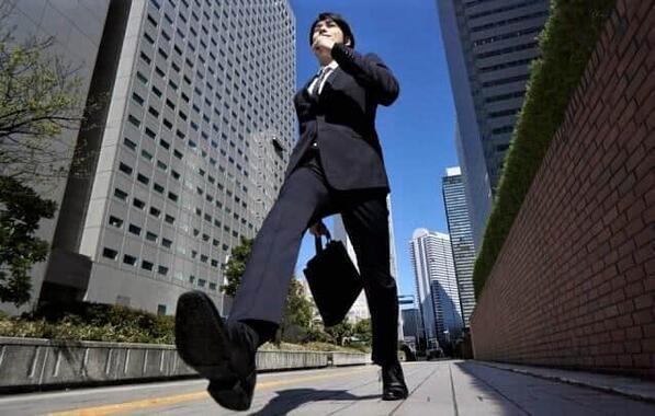 働きやすいから会社に行くのが楽しい(写真はイメージ)