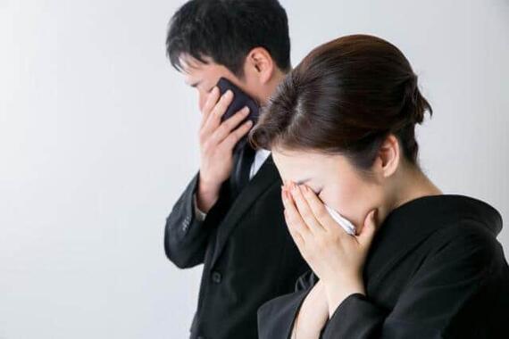 お葬式にお金をかけるケースが少なくなっている(写真はイメージ)