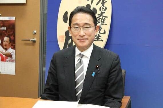 開成高校出身で初めて首相に就いた岸田文雄氏(2021年撮影)