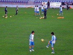 日本代表の練習風景。手前は岡崎選手と内田選手か