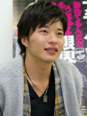 先輩社員をライバル視する野心家「木村君」を演じた田中圭さん